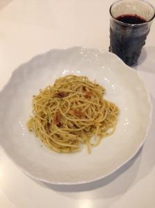 Garlic, Basil, and Crushed Red pepper pasta